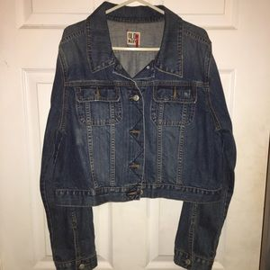 This Cropped Old Navy Jean Jacket is full of style